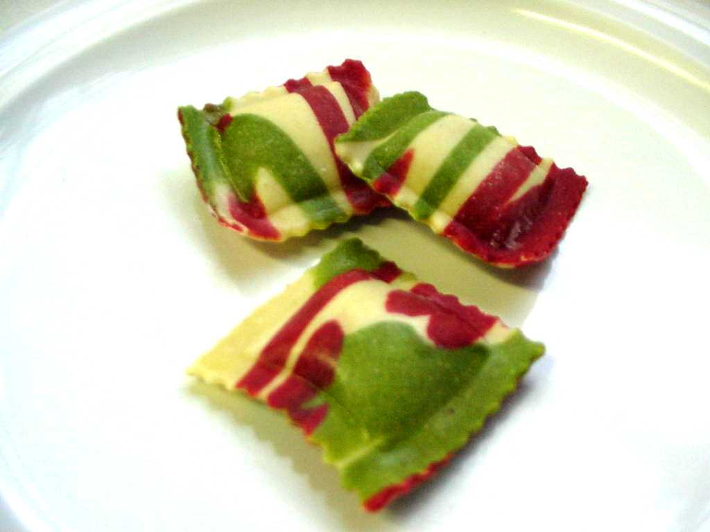 psychodelic red, white and green ravioli